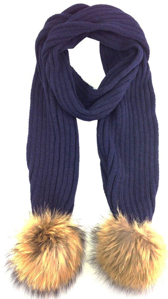how to wear big fluffy scarf