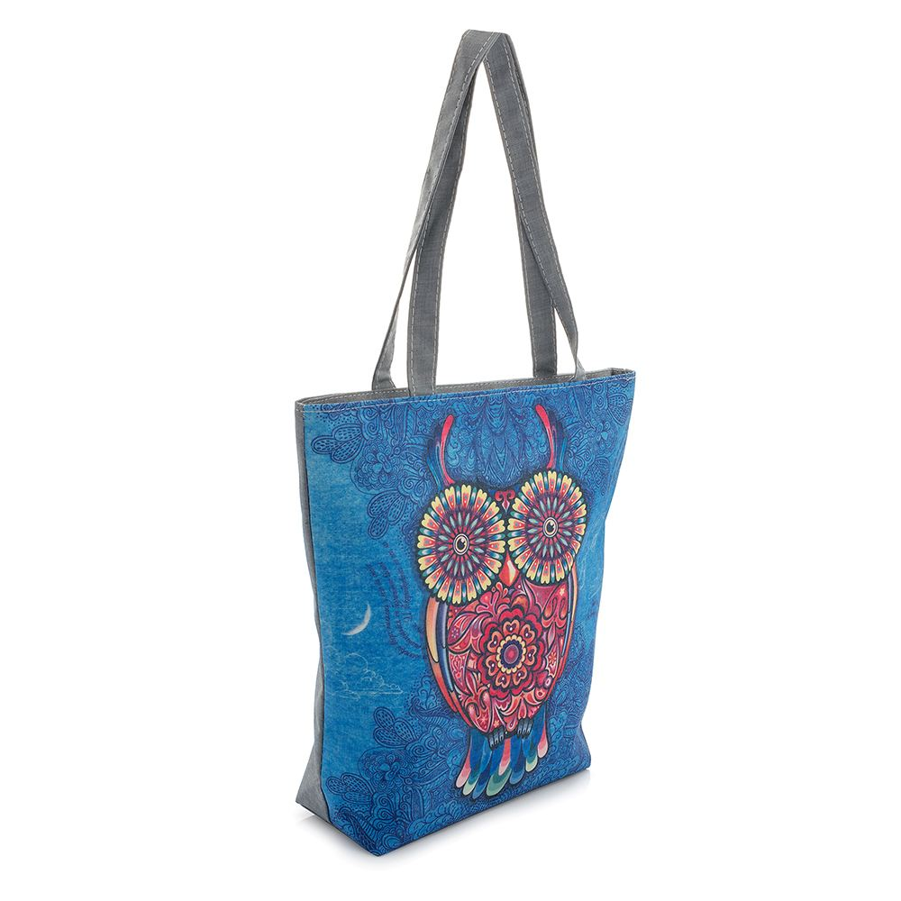 Beach Bags Carry knick knacks and essential items to the beach or poolside in a stylish beach bag. These chic beach bags will embrace the summertime atmosphere and beautifully accent a summer fashion ensemble while providing the extra space and room needed to carry a variety of items.