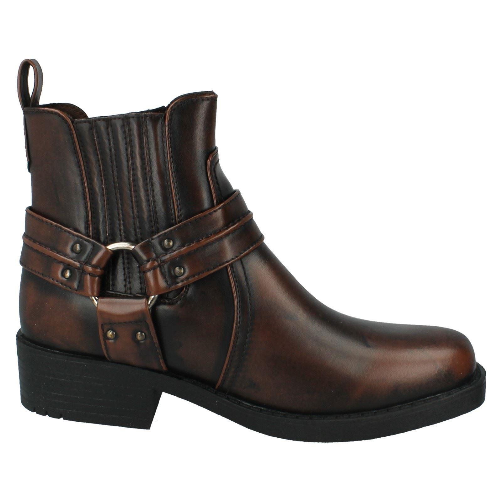 s maverick ankle cowboy boots a3027