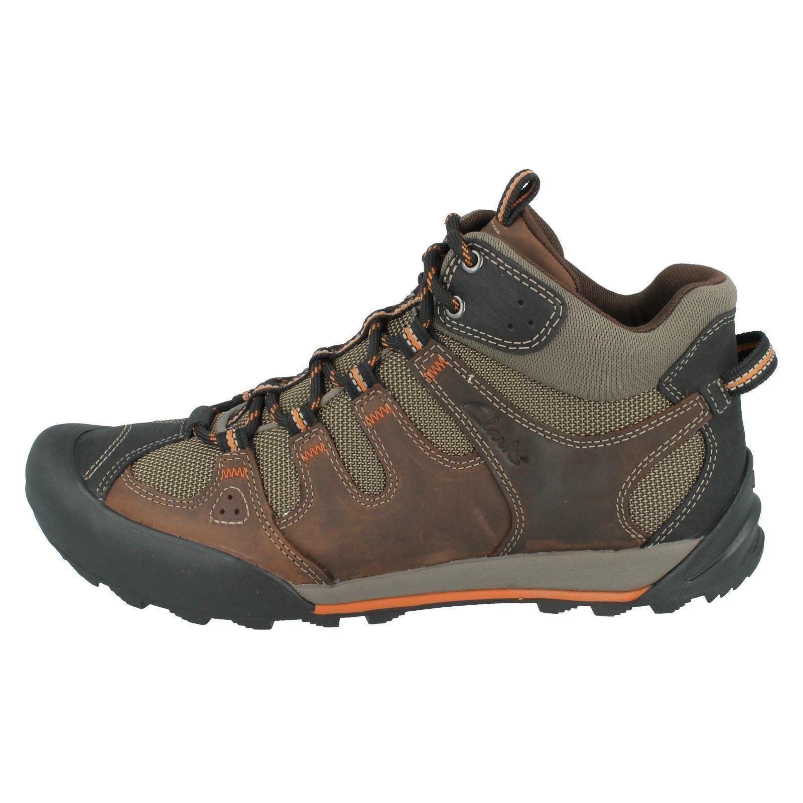 Men's Clarks Walking Boots Label Outlay Rise