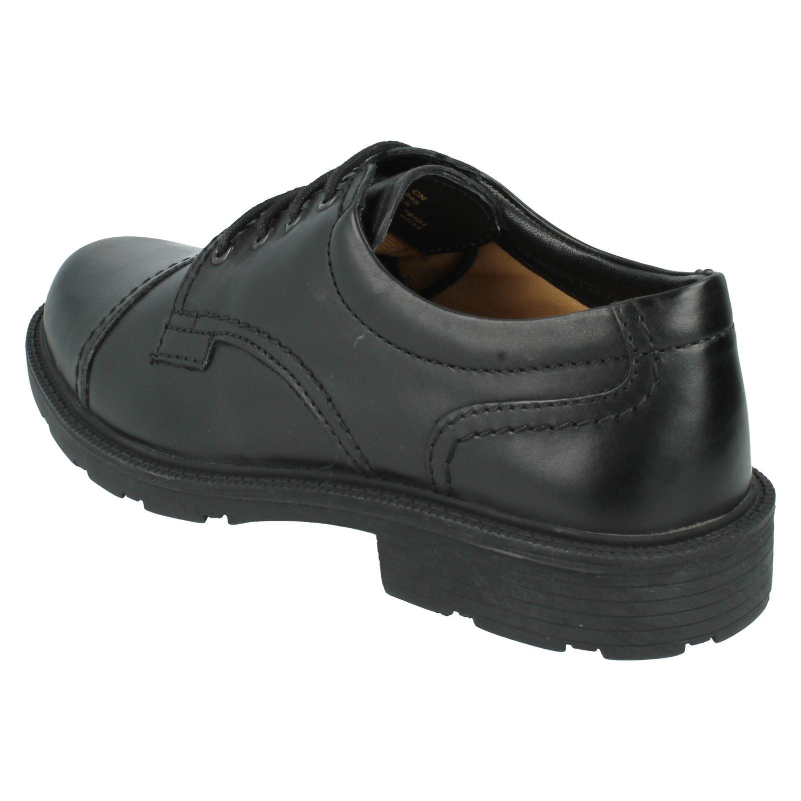 Clarks Lair Cap Lace Up Shoes