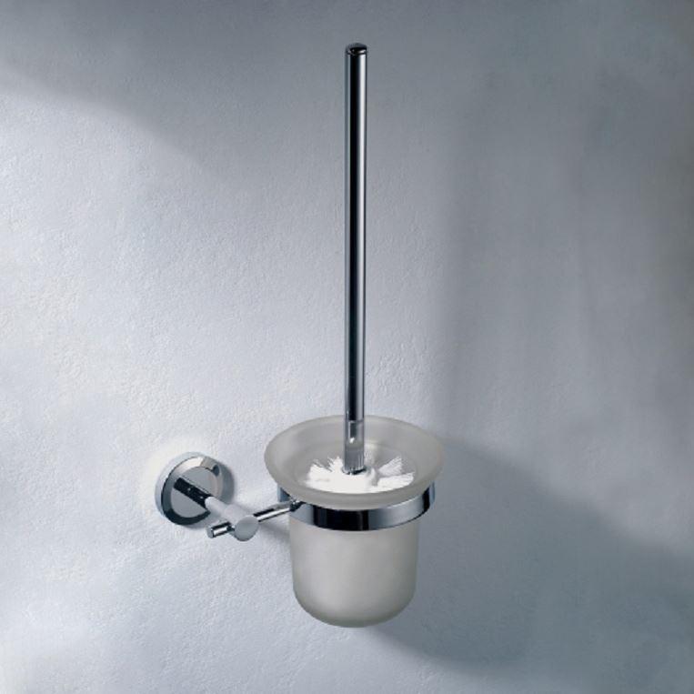 Round chrome toilet brush nwt bathroom accessories ebay for Chrome toilet accessories