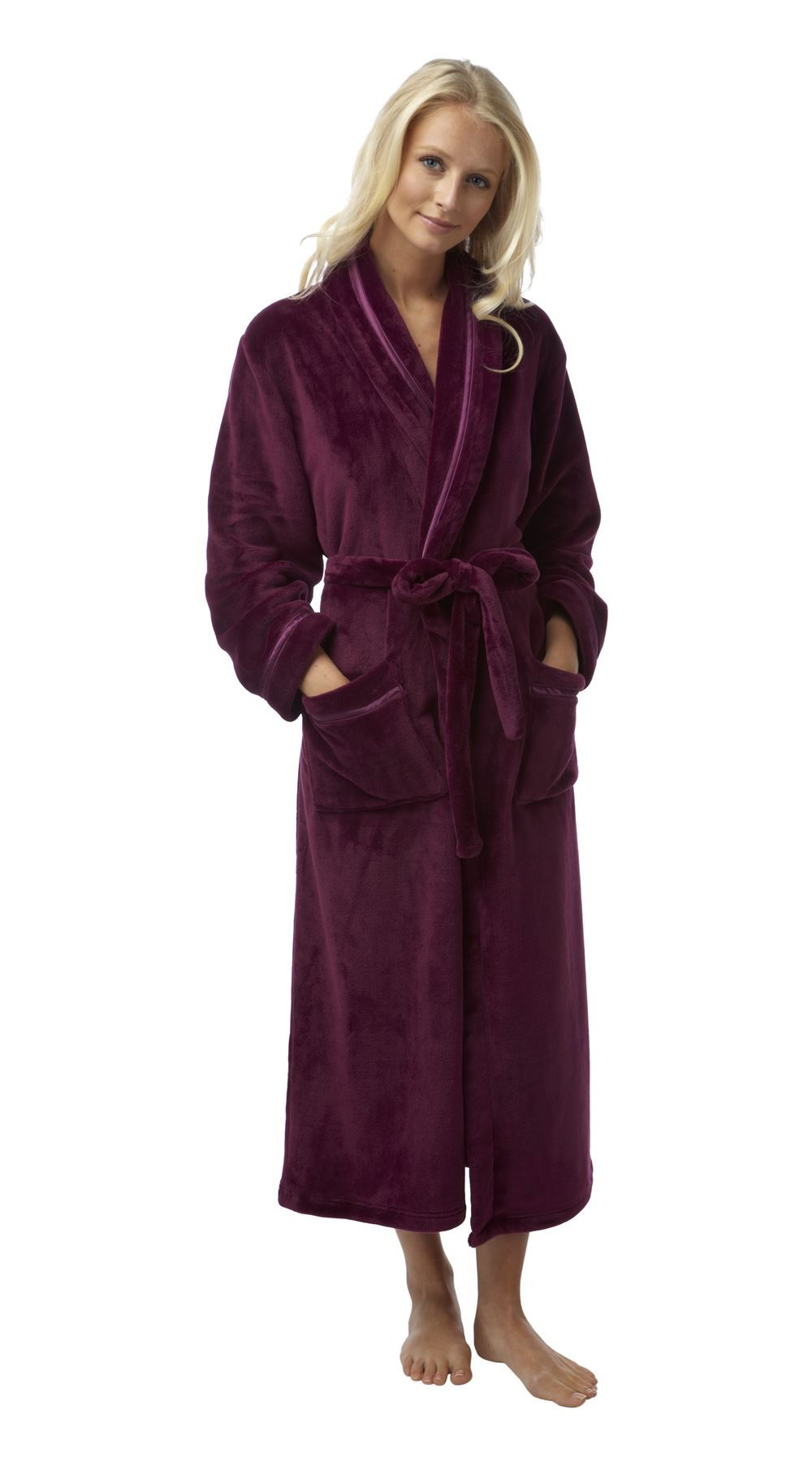 Find women's sleepwear and pajama sets in a variety of fabrics & styles from cotton sleep shirts to satin chemises, & more. Shop great deals now!