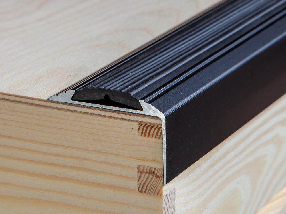 Self Adhesive Anodised Aluminium Rubber Stair Edge Nosing