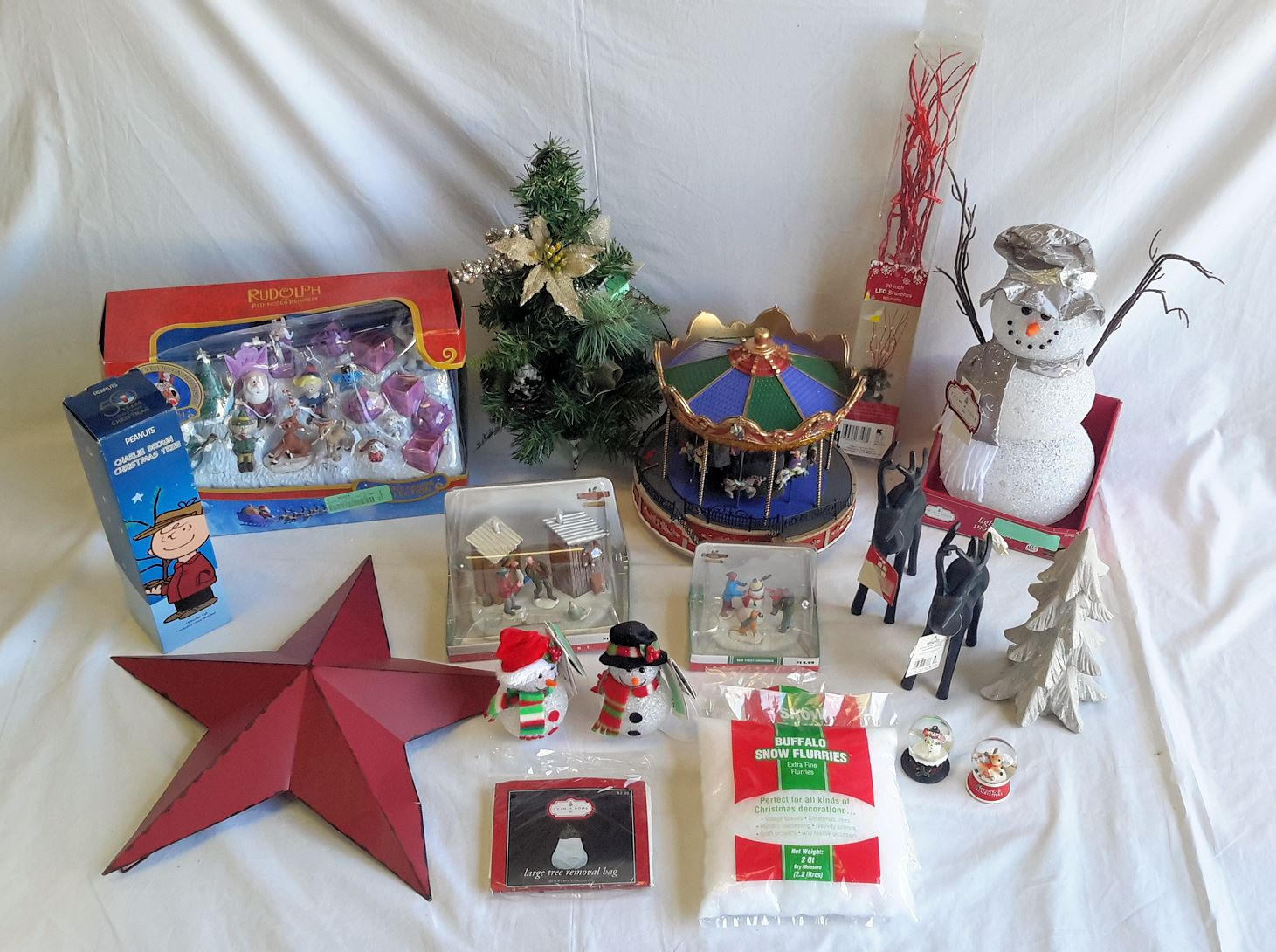 Wholesale Lot of 20 Assorted Holiday Christmas Decor Items ...