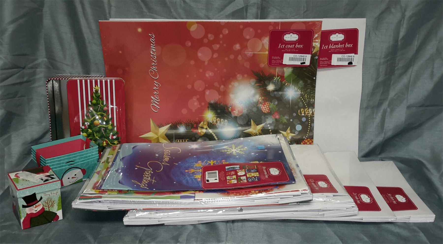 Wholesale Resale Lot Of 43 Holiday Christmas Gift Boxes