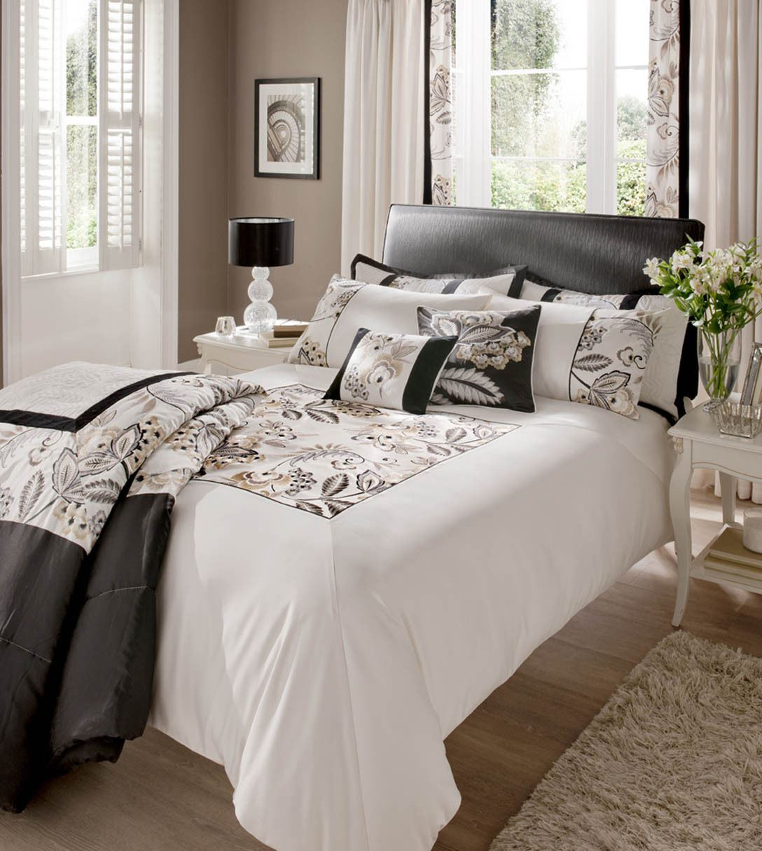 neue shrewsbury schwarz und wei gold bestickte bettw sche quilt set bettbezug ebay. Black Bedroom Furniture Sets. Home Design Ideas