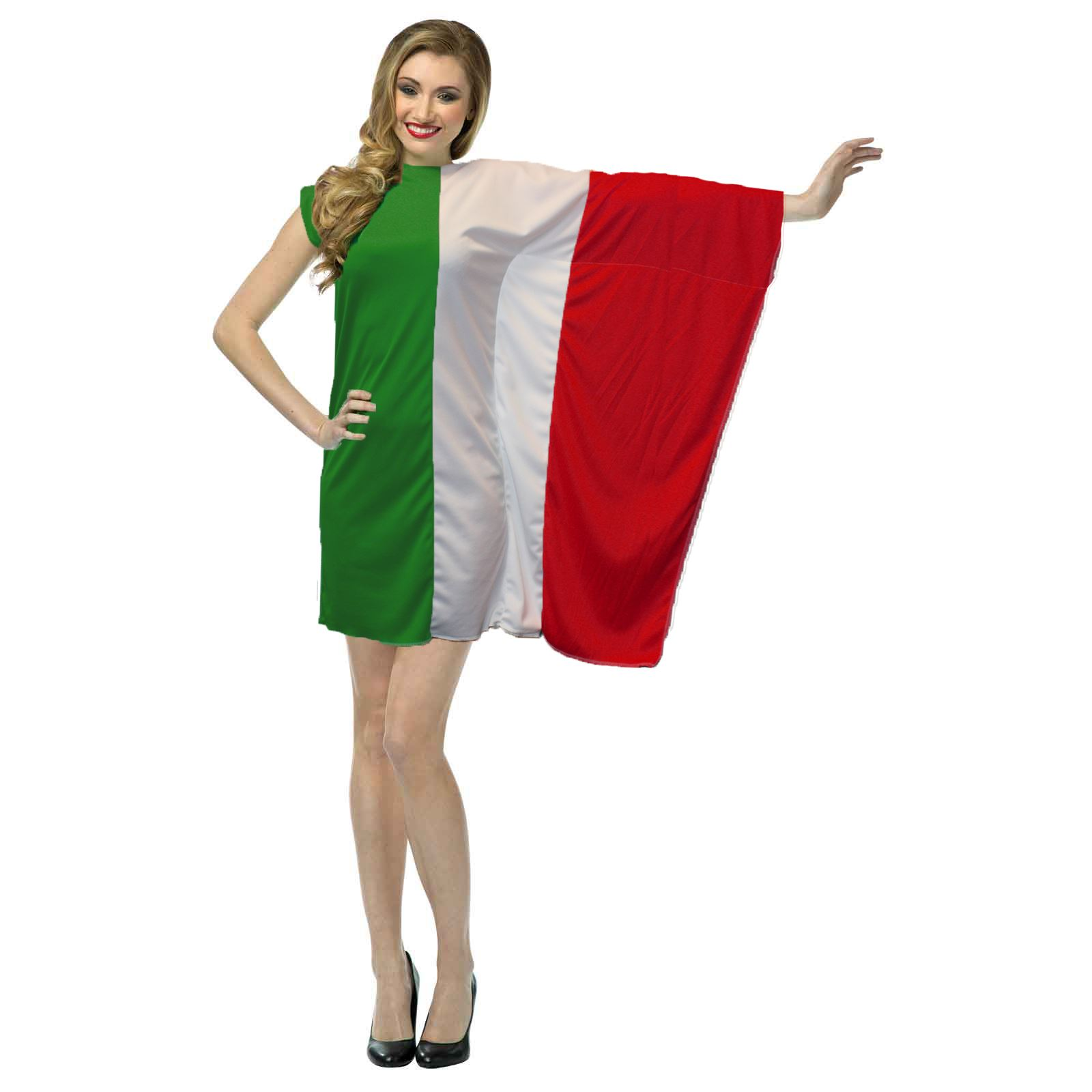 Popular Italian Fashion On Indian Streets For Chic Summer Street Style