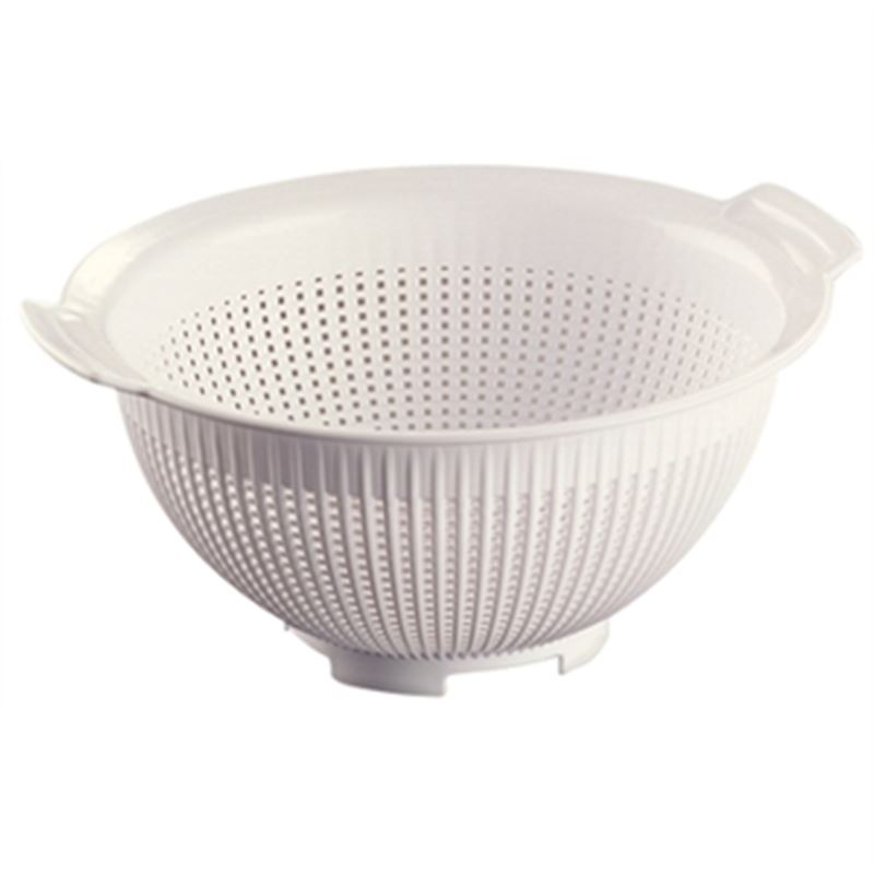 how to clean a strainer sieve