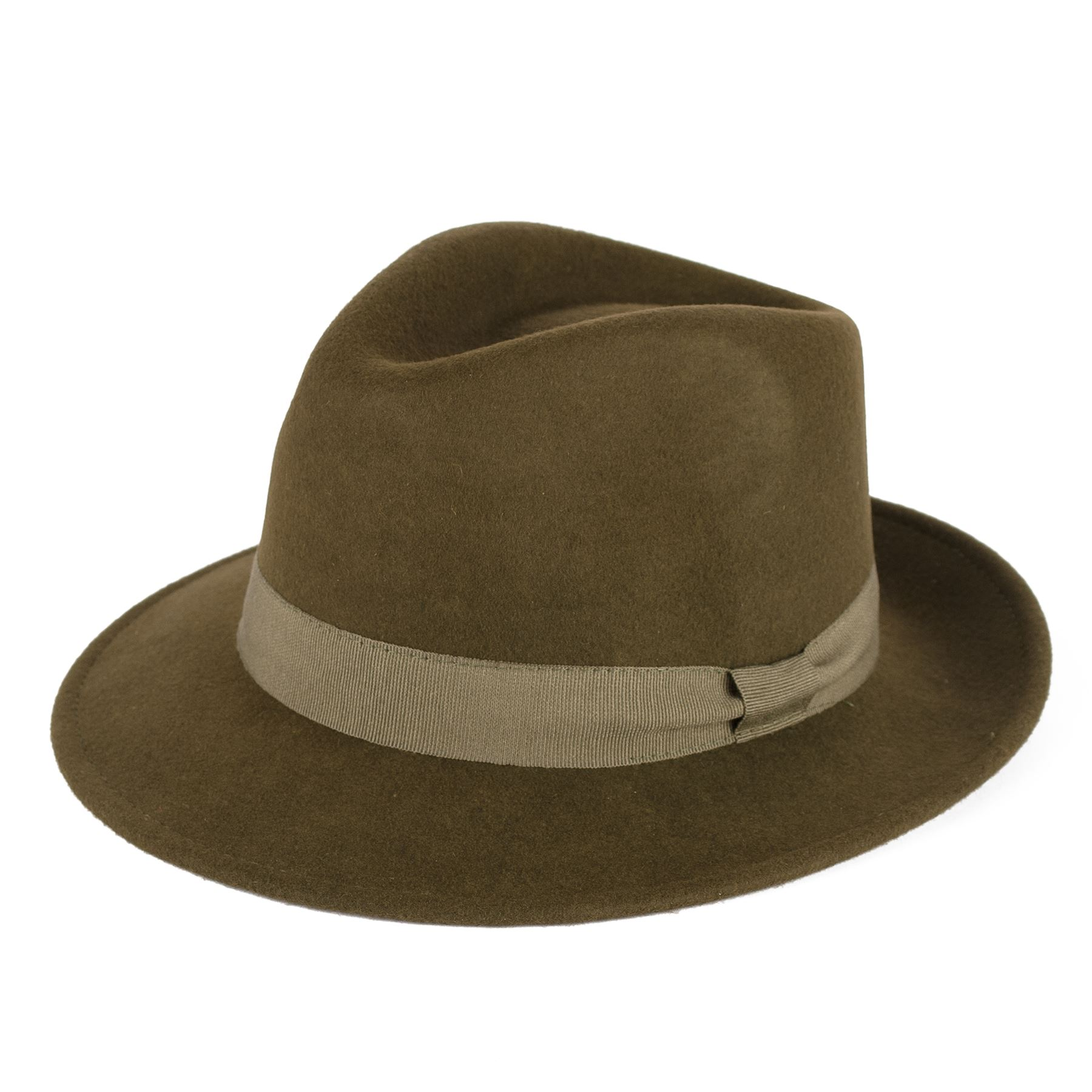 Components of men's fedoras. These men's hats may differ somewhat in size and style, but they all share the same basic construction. When shopping for a men's fedora, the important things to look at include its materials, brim, and accents.