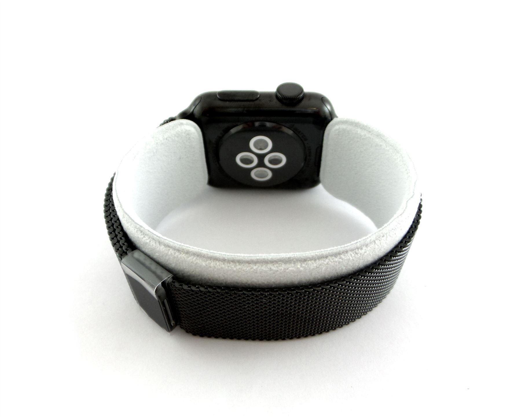 Apple Watch 38mm Space Black Case with Black Milanese Loop ...