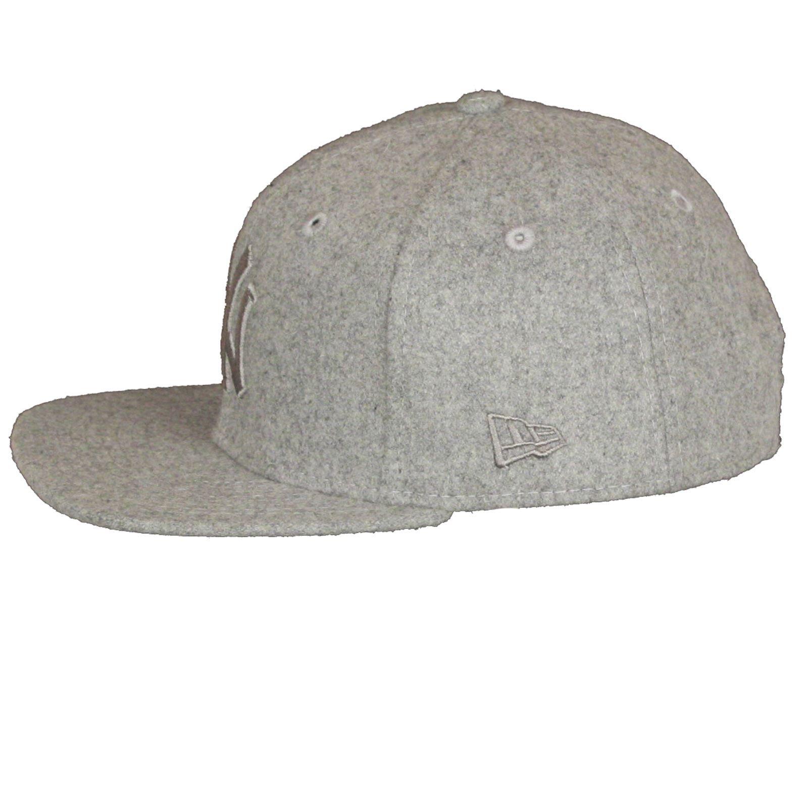 New Era and MLB Melton Tonal 9Fifty Flatbill Cap ~ New York Yankees ... b4c9df3101b
