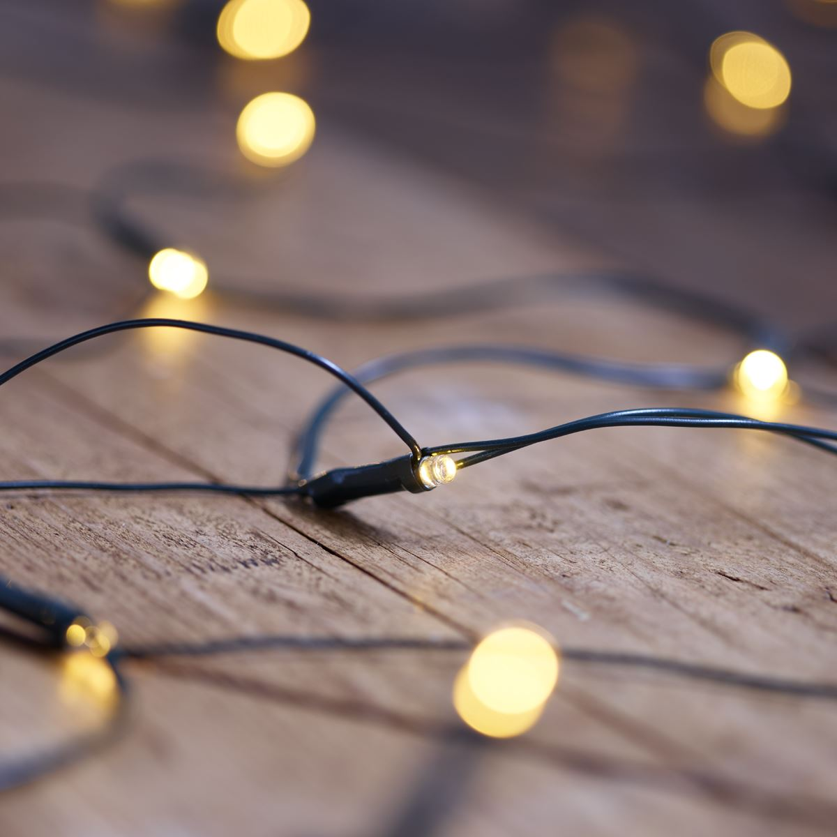 Vinsani 105 LED Solar Powered Warm White Net Lights