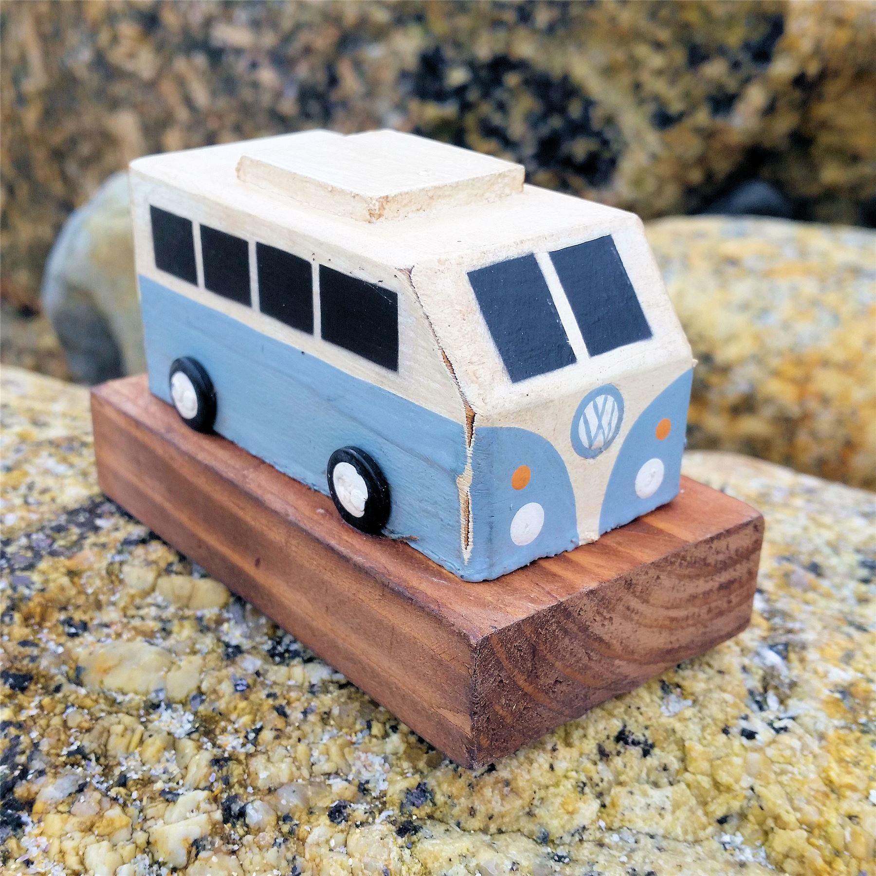 vw camping car r tro en bois ornement sculpture art vintage volkswagen camping cadeau ebay. Black Bedroom Furniture Sets. Home Design Ideas