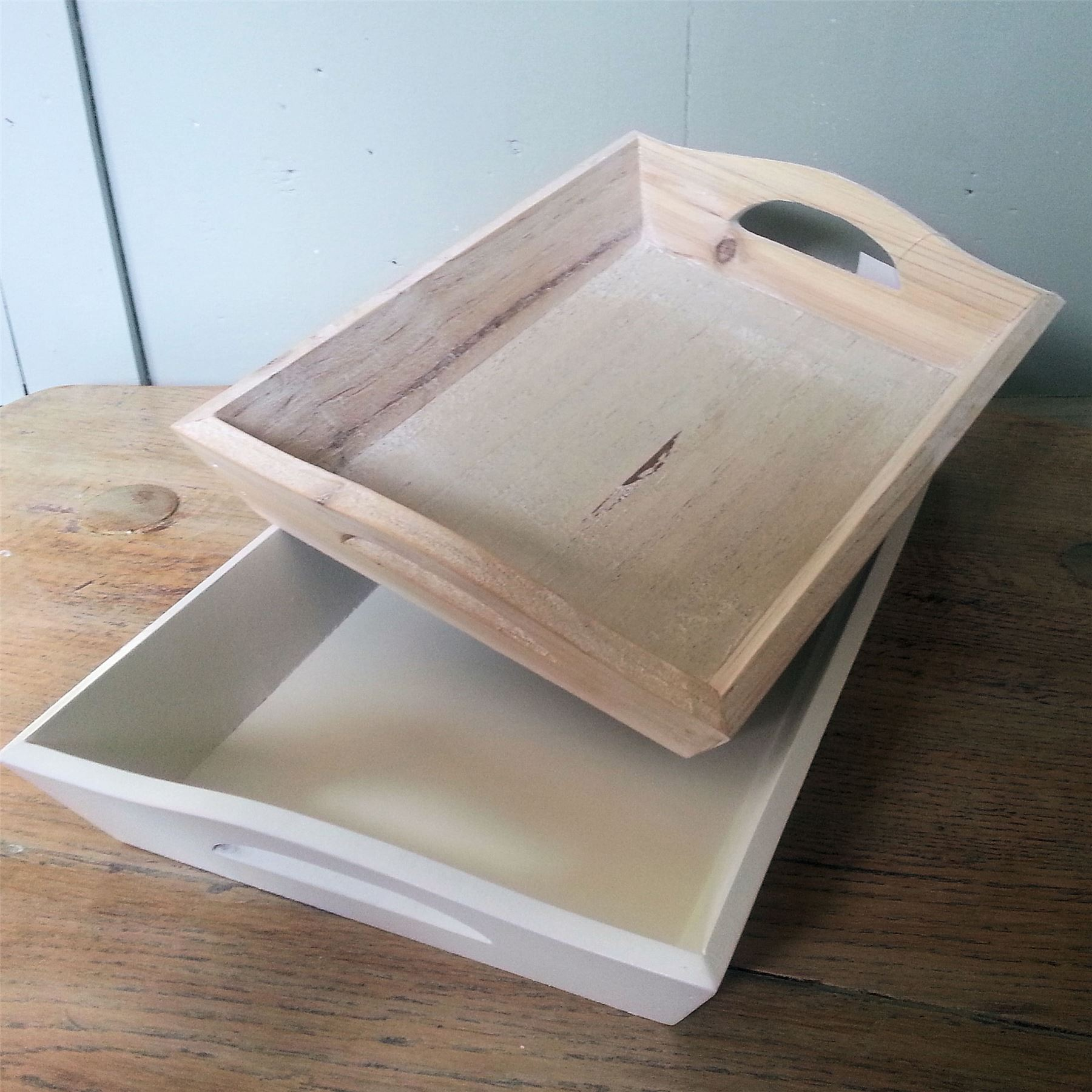 LITTLE-WOODEN-TRAY-SHABBY-VINTAGE-CHIC-WHITE-WASH-PAINTED-KITCHEN-HOME-DECOR