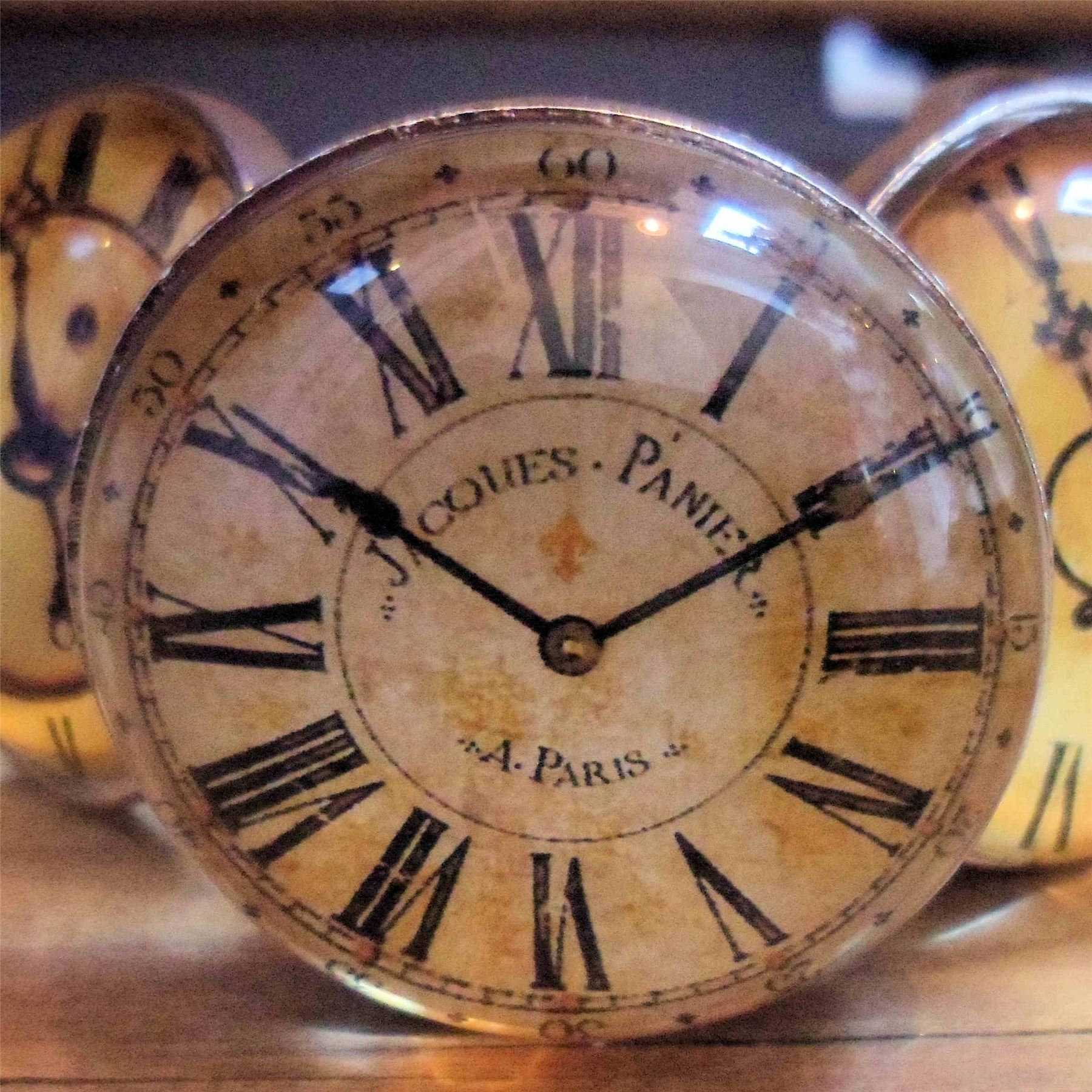 Vintage-Glass-Clock-face-DOOR-KNOBS-HANDLES-Shabby-Furniture-chic-Drawer-pulls