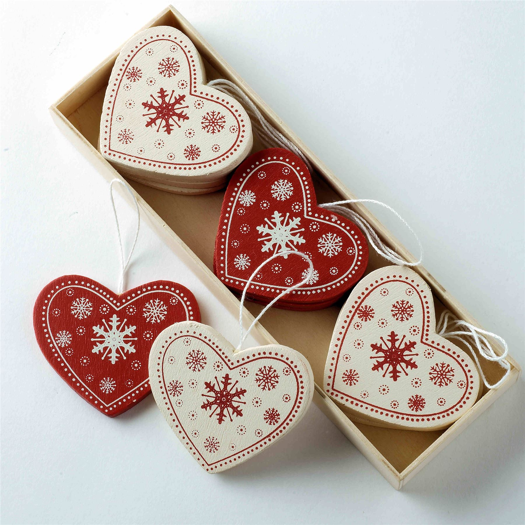 Nordic christmas ornaments - Scandi Nordic Christmas Decorations Wooden Fabric Red White