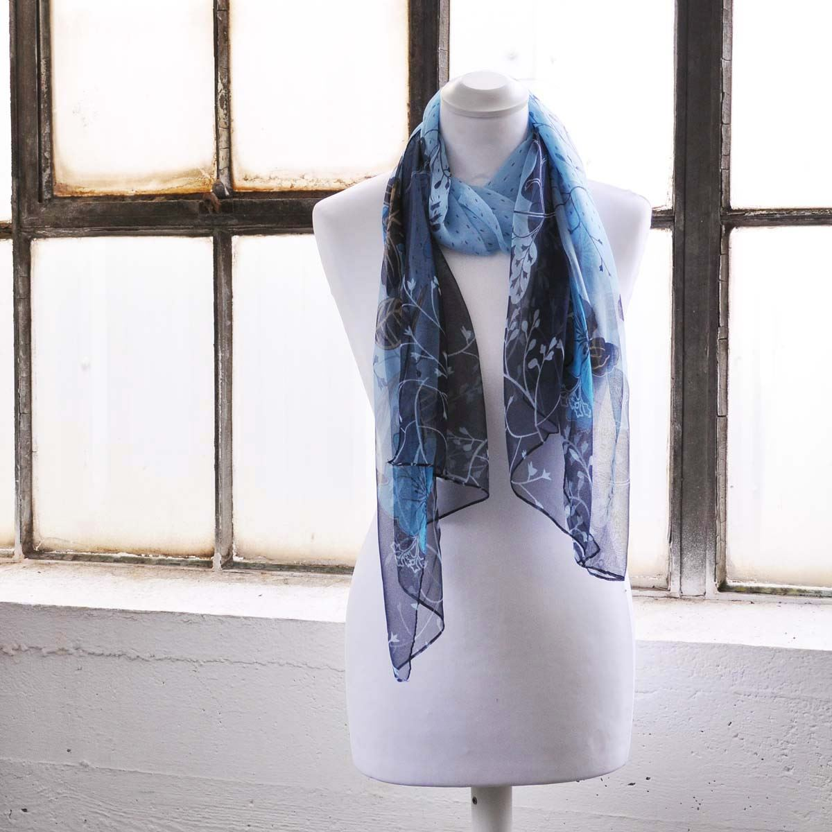 beautiful blooming flower scarf floral neck light