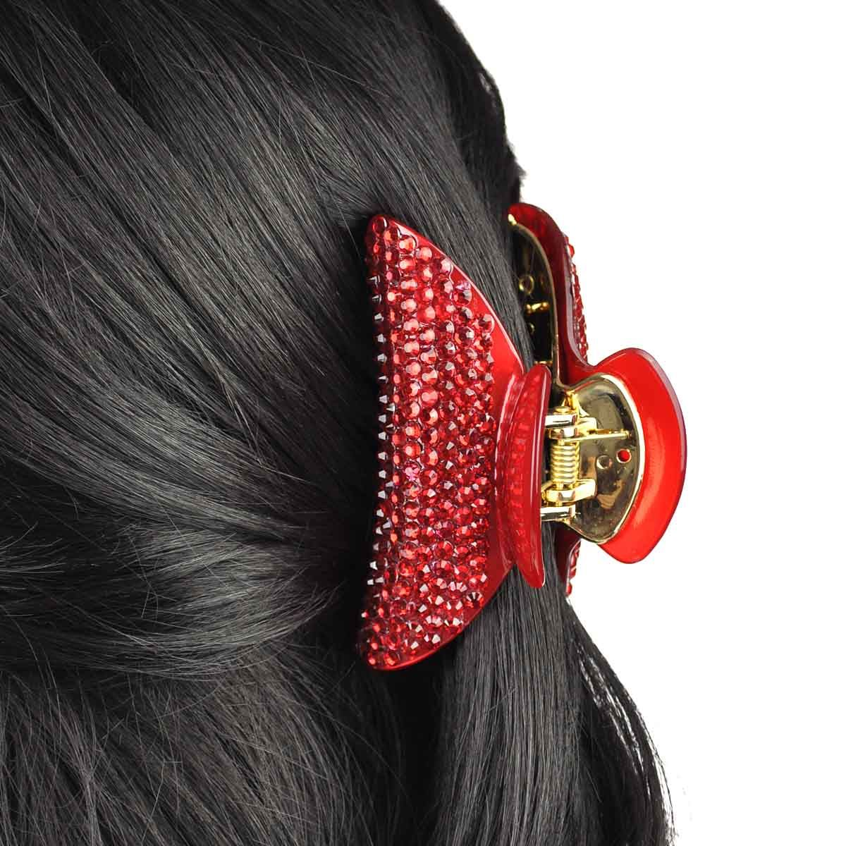 Clips & Grips. Whether you need them to keep your hairstyle in place, or you want to add a pop of cute colour to your look, our range of clips and grips will style your hair with simplicity.