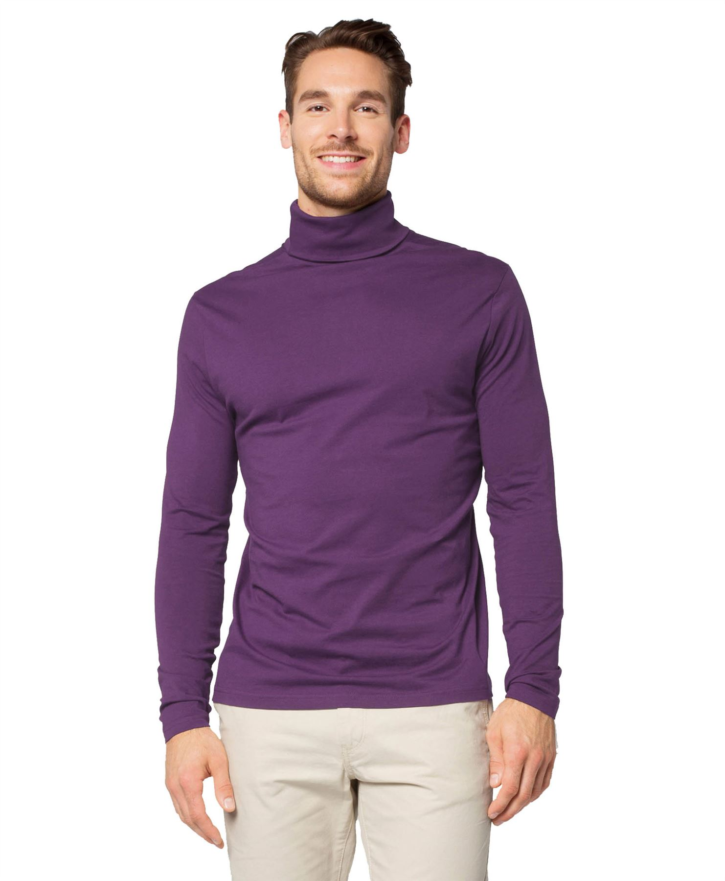 The Meribel Mens Cotton Roll Neck Top from Mountain Warehouse is an essential winter item, key for staying warm on the slopes. Made from % combed cotton, the top is a breathable garment ideal as a thermal base layer for cold climates.