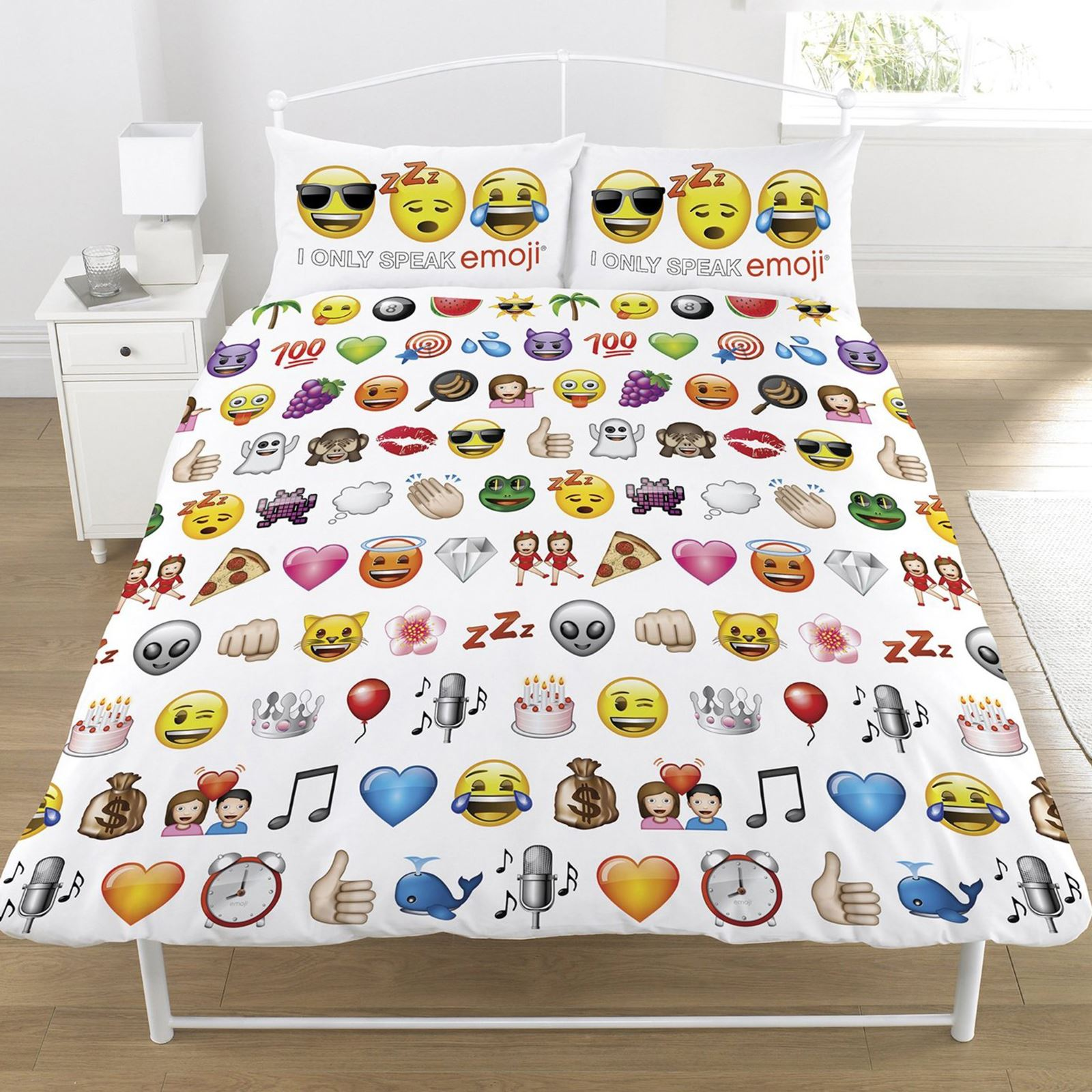 emoji duvet cover sets single double available funny smiley bedding free p p ebay. Black Bedroom Furniture Sets. Home Design Ideas