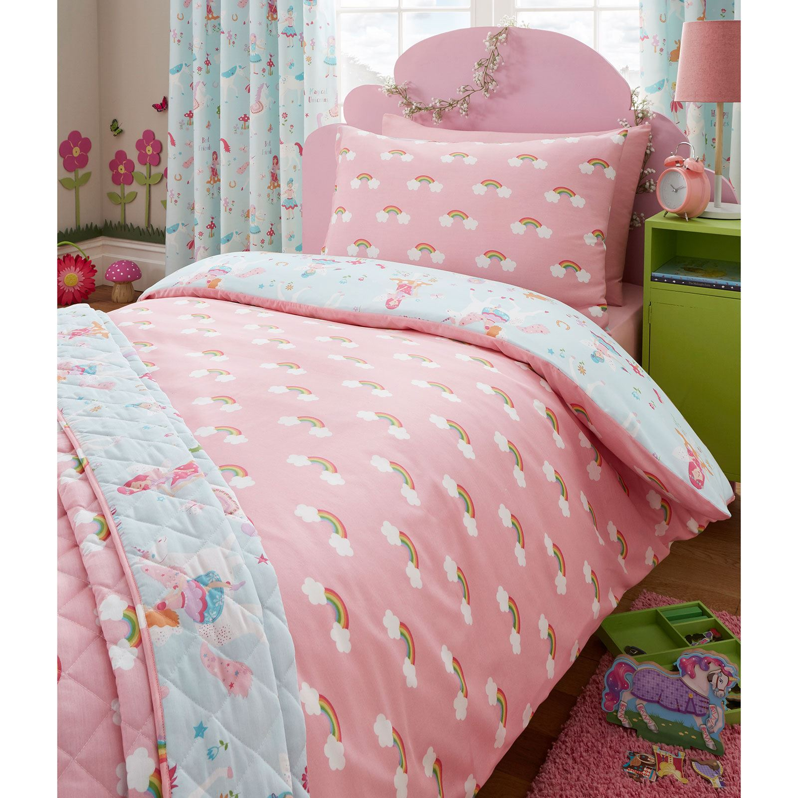 Duvet Covers & Bedding Sets Crawl into one of our finest duvet sets that will give you that luxury feel when getting into bed at night. Our range is available in versatile and stylish colours, designs and fabrics.
