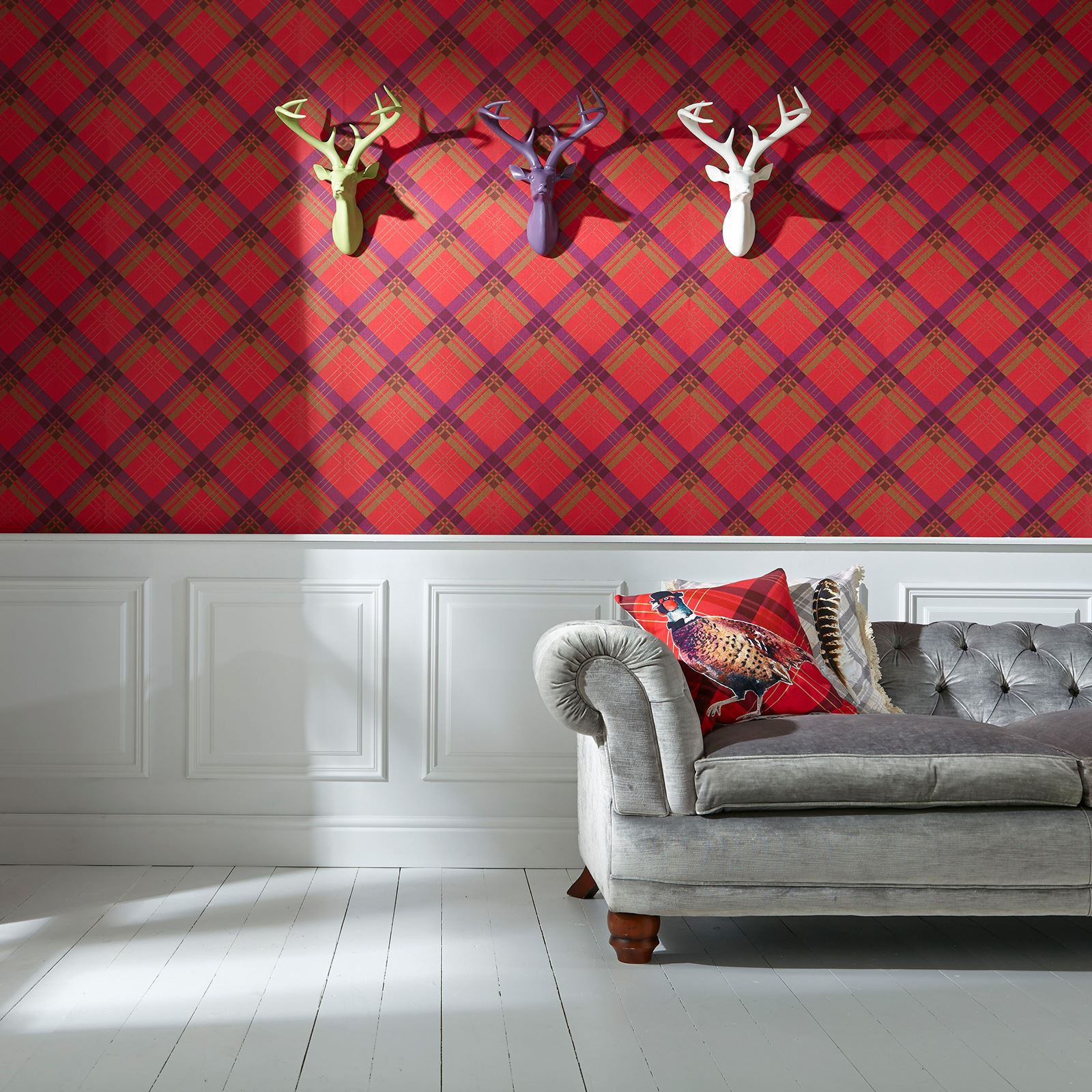 TARTAN WALLPAPER – PLAID CHECKED DESIGNS – RED, GOLD ...