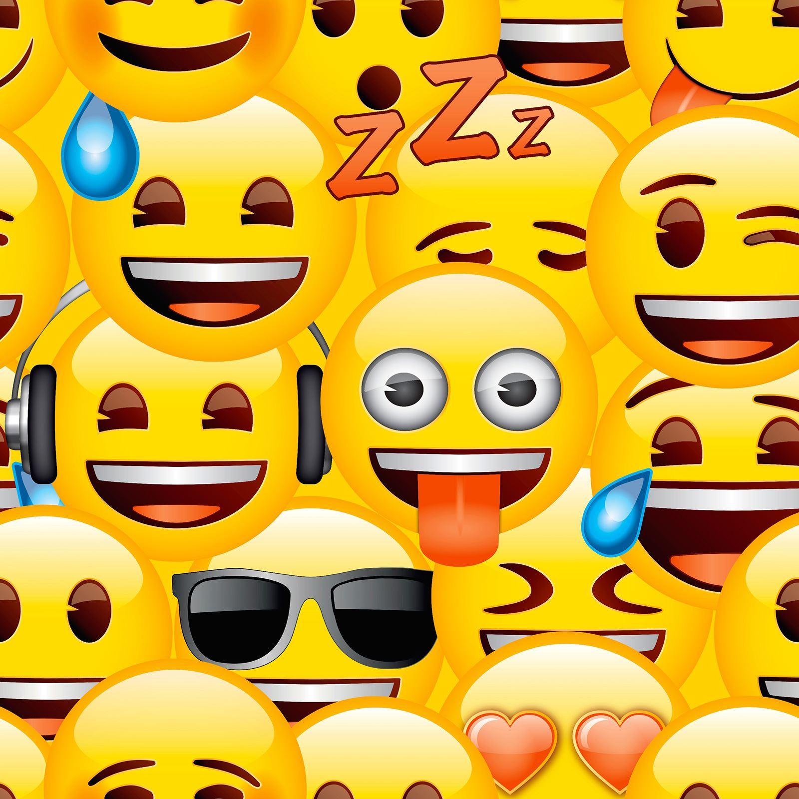EMOJI WALLPAPER SMILEYS KIDS BEDROOM FEATURE WALL NEW