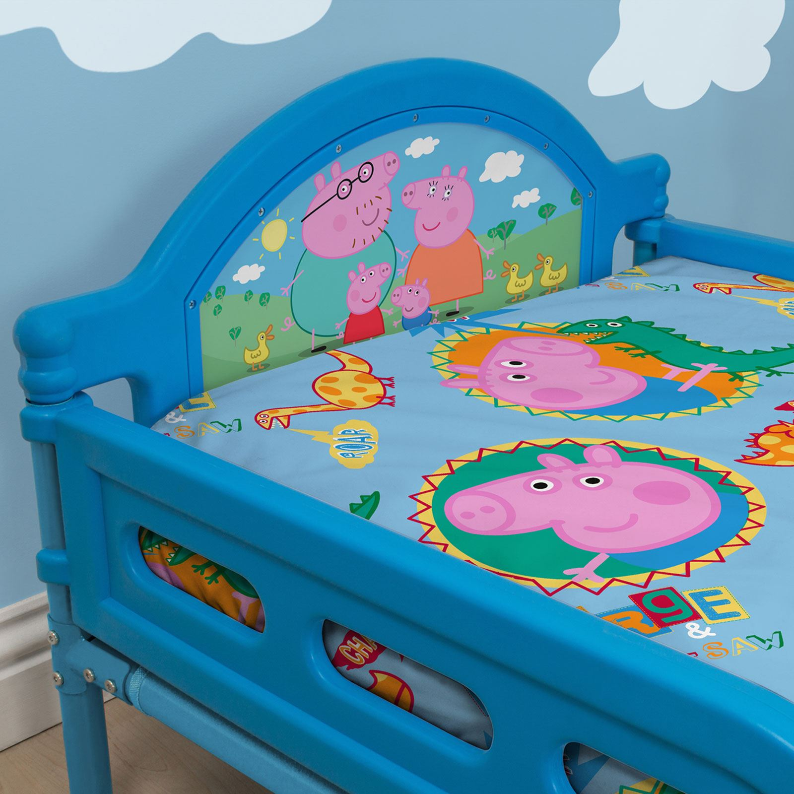 Peppa pig george 39 family 39 junior toddler bed new bedroom for George pig bedroom ideas