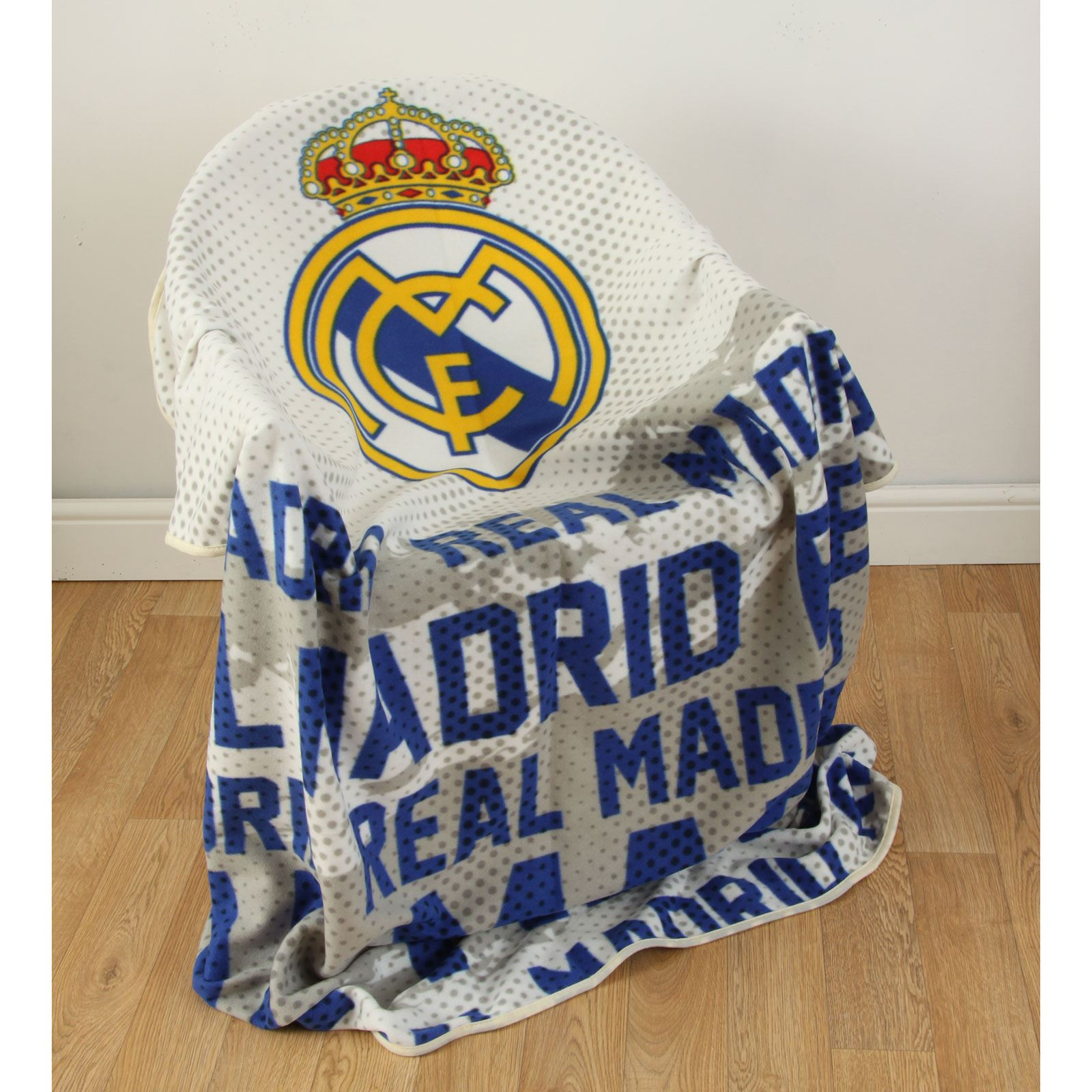 Real madrid cf impact couverture polaire enfants officiel for Decoration chambre real madrid