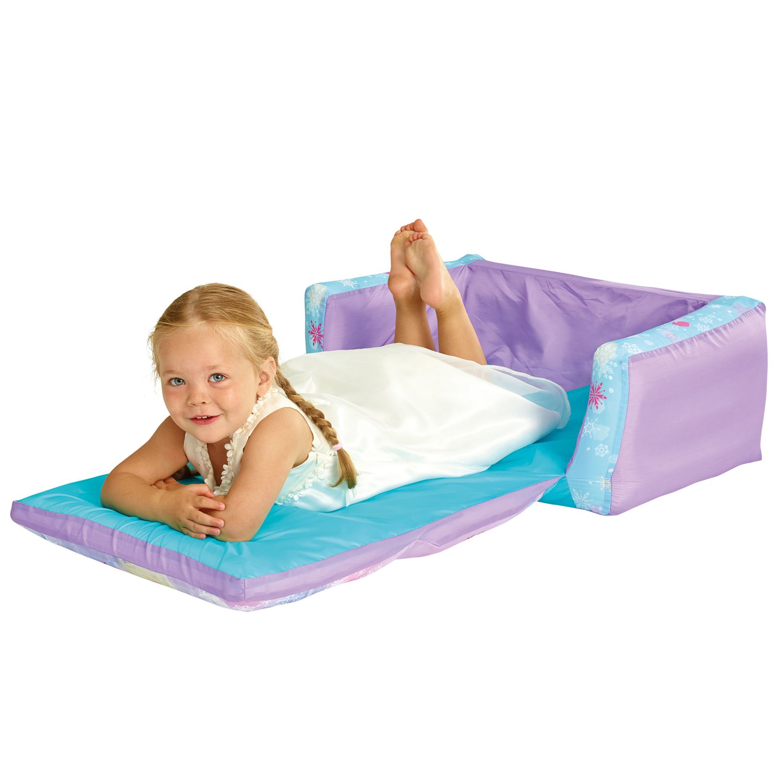 31 Incroyables Detournements Dobjets Ikea Que Tou in addition 16 Creative Mind Blowing Folding Beds together with Newborn To Toddler Portable Rocker in addition Mini Couch For Kids as well Barbie Colors Bedroom Girls. on toddler fold out chair