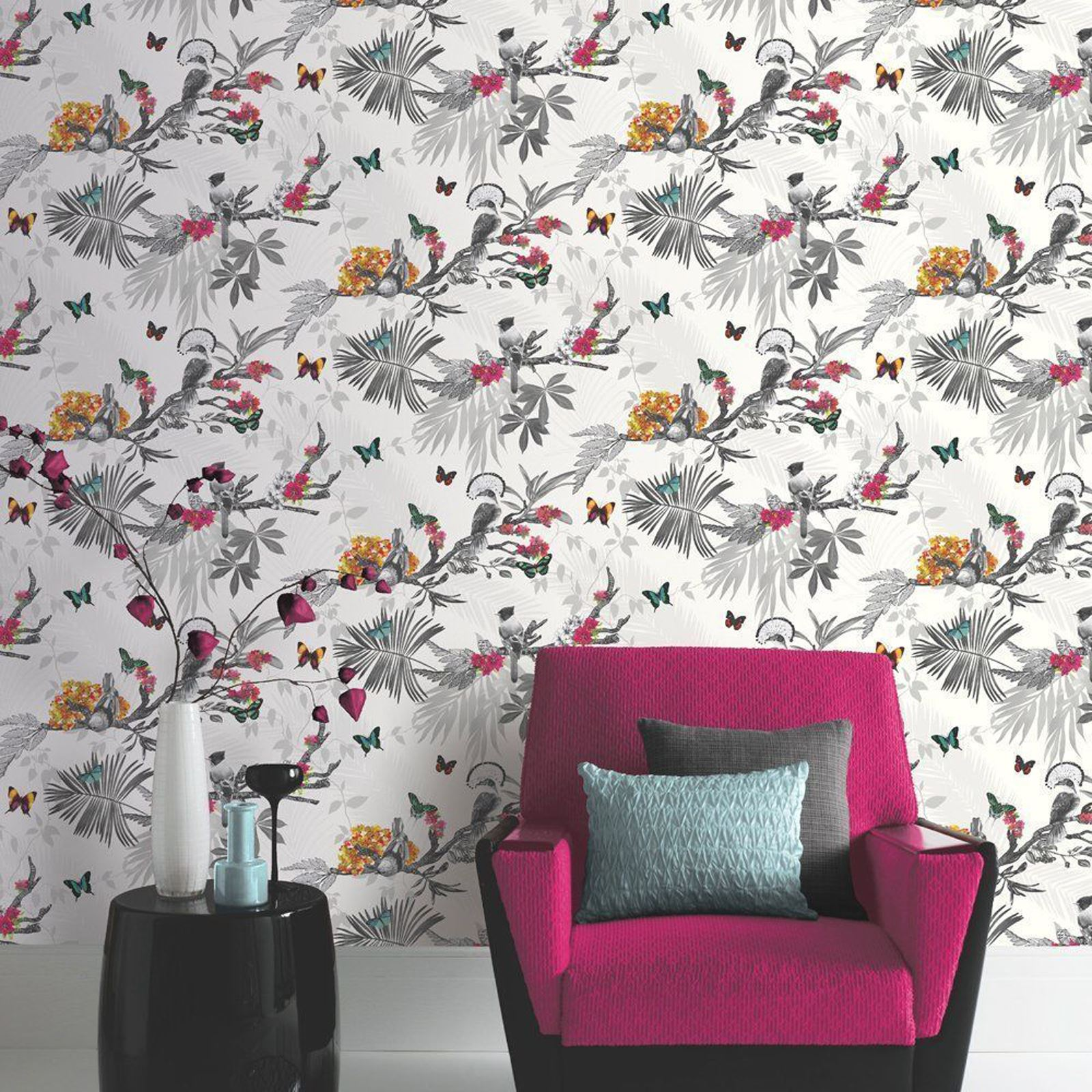 Beautiful exotic and tropical birds themed wallpapers for Themed bedroom wallpaper