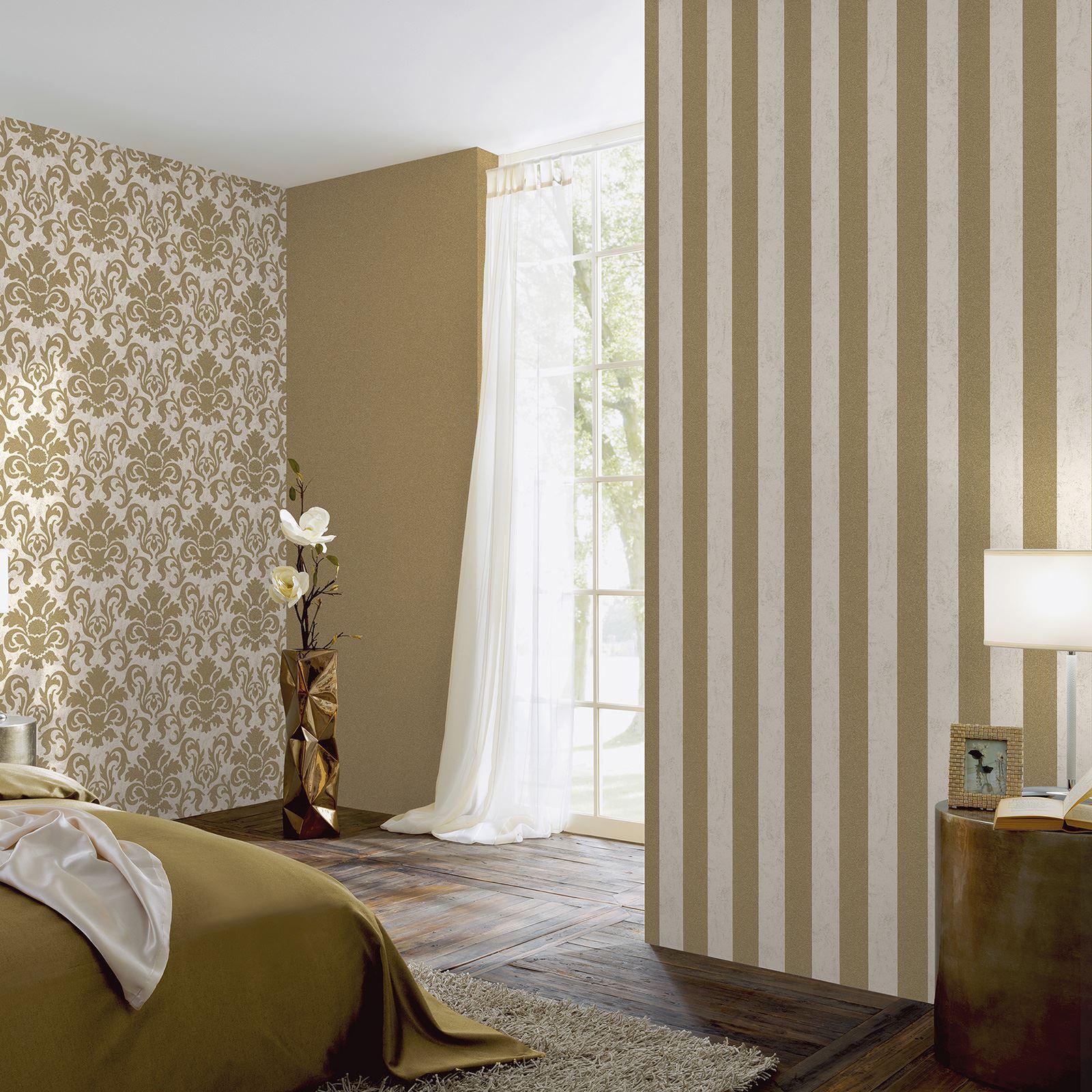 P s carat glitter stripe wallpaper black cream silver gold for Black feature wall bedroom