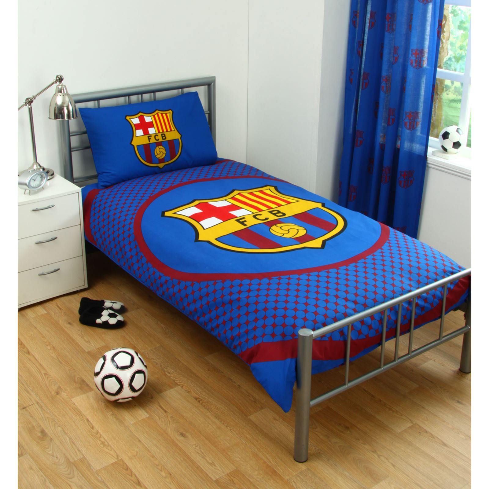 barcelone parure de lit et chambre coucher accessoires football gar on neuf ebay. Black Bedroom Furniture Sets. Home Design Ideas