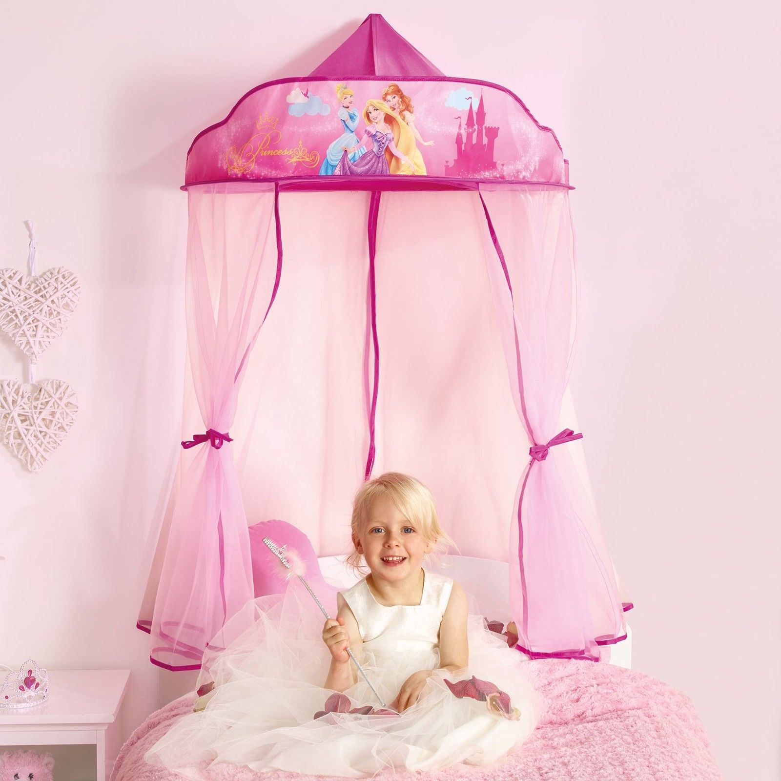 disney princess hanging bed canopy new girls bedroom. Black Bedroom Furniture Sets. Home Design Ideas