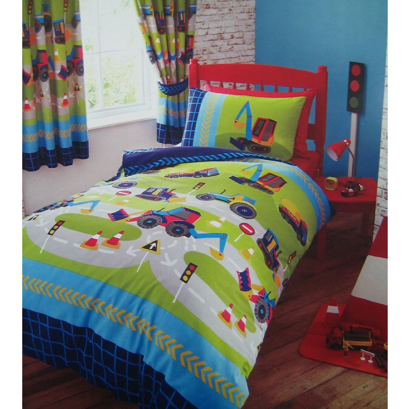 DIGGERS DUVET COVER SET IN SINGLE MATCHING LINED CURTAINS KIDS BEDROOM RANGE