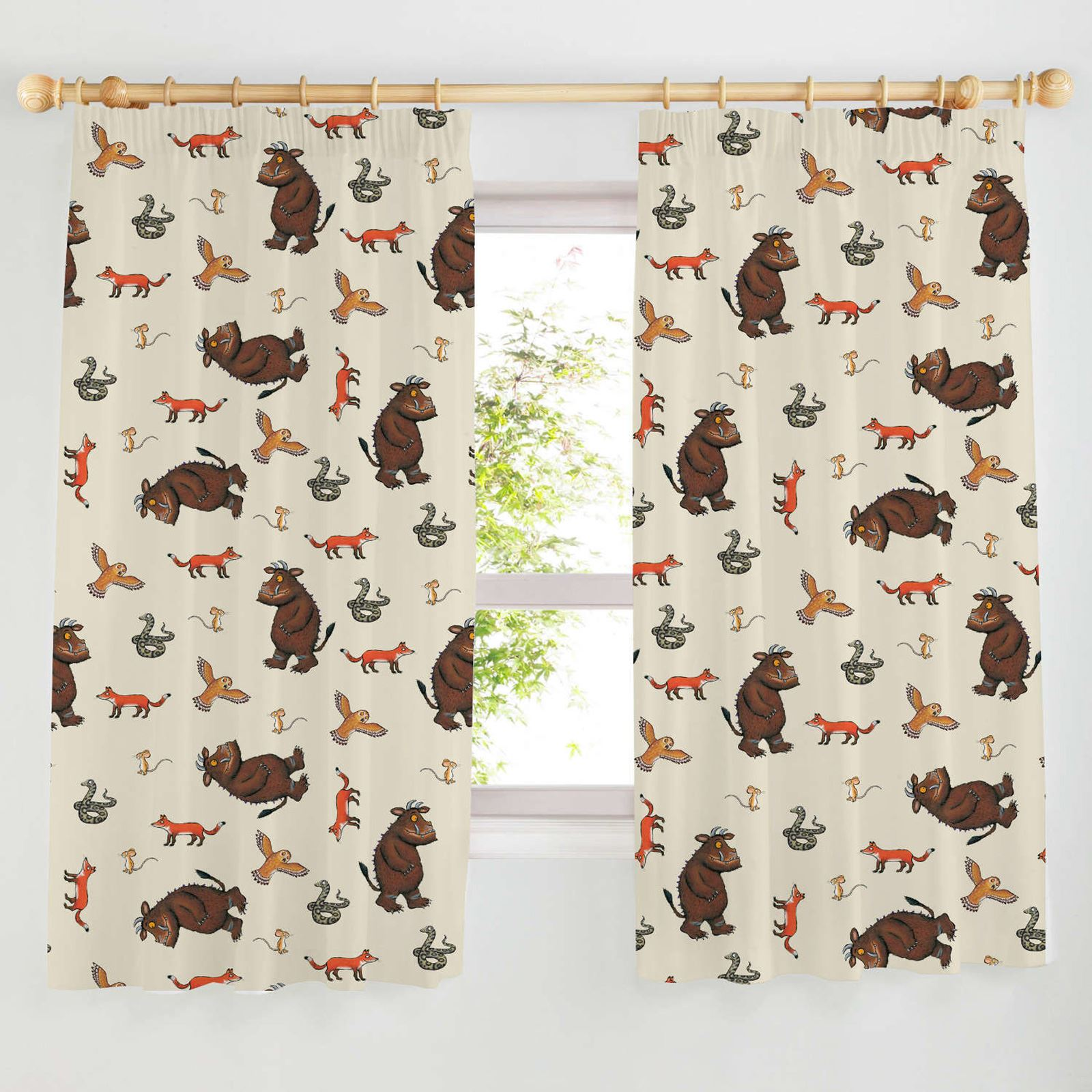 boys bedroom character curtains marvel star wars paw patrol more in 54 72 ebay. Black Bedroom Furniture Sets. Home Design Ideas