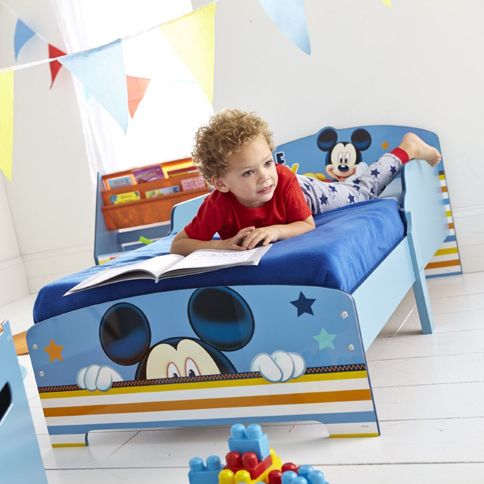 charakter kleinkind betten ohne aufbewahrungs disney cars peppa thomas mehr ebay. Black Bedroom Furniture Sets. Home Design Ideas