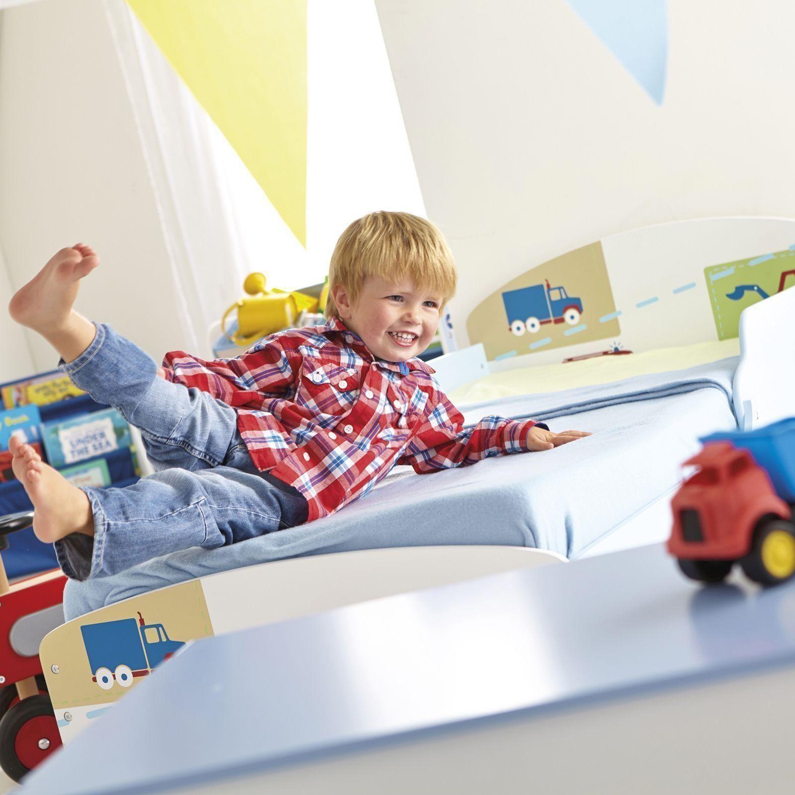 jungen lkw traktoren kleinkind bett mit aufbewahrung. Black Bedroom Furniture Sets. Home Design Ideas