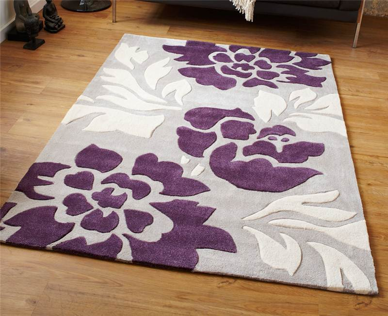 Modern purple aubergine plum colour rugs in large small for Rugs with purple accents