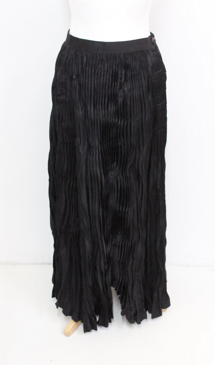 issey miyake black pleated textured high waisted a