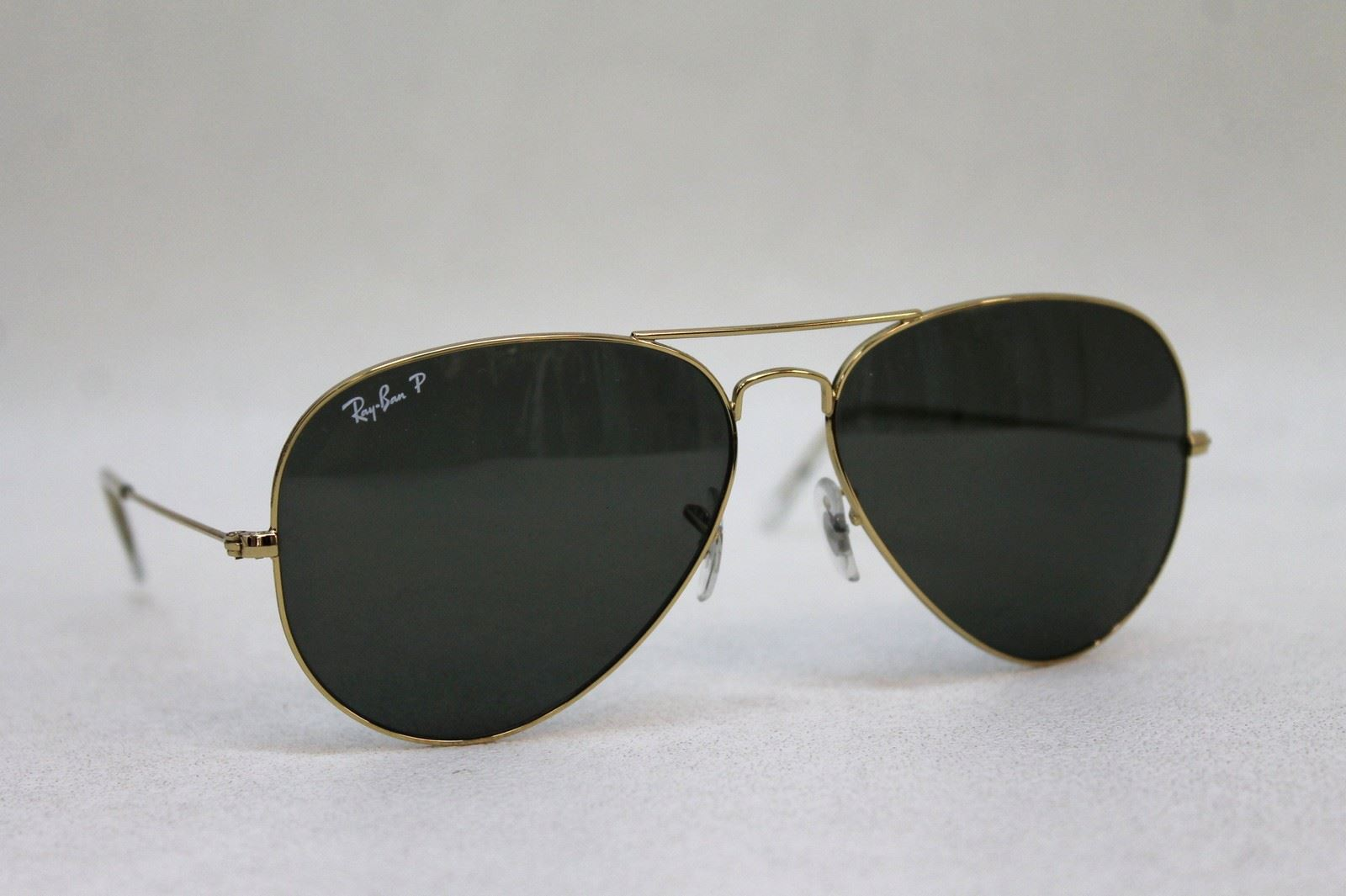 fdad9858914 Gold Rim Ray Ban Aviator