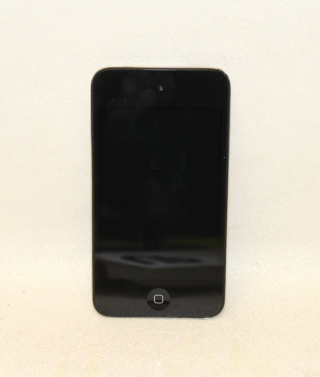 APPLE IPOD Touch Black & Silver 4th Generation 8GB Memory ...