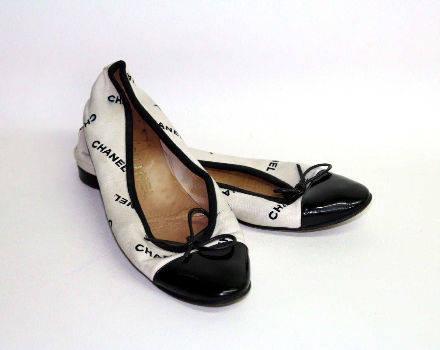 Chanel Ladies Black White Canvas Leather Flat Ballerina Shoes UK5 5 EU38 5 | EBay