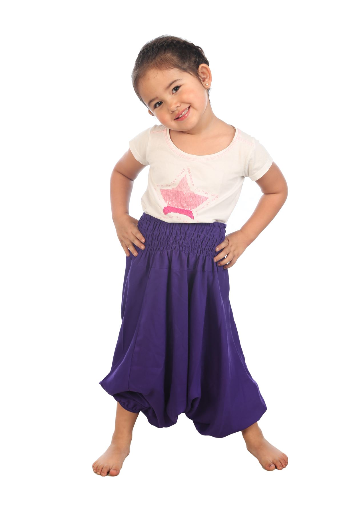 Hooray for Bohemian Island kids harem pants! Now your little ones won't ever need to steal yours! The Small is great for ages years, the Medium years, the Large is for those between years and the Extra Large is for between years.
