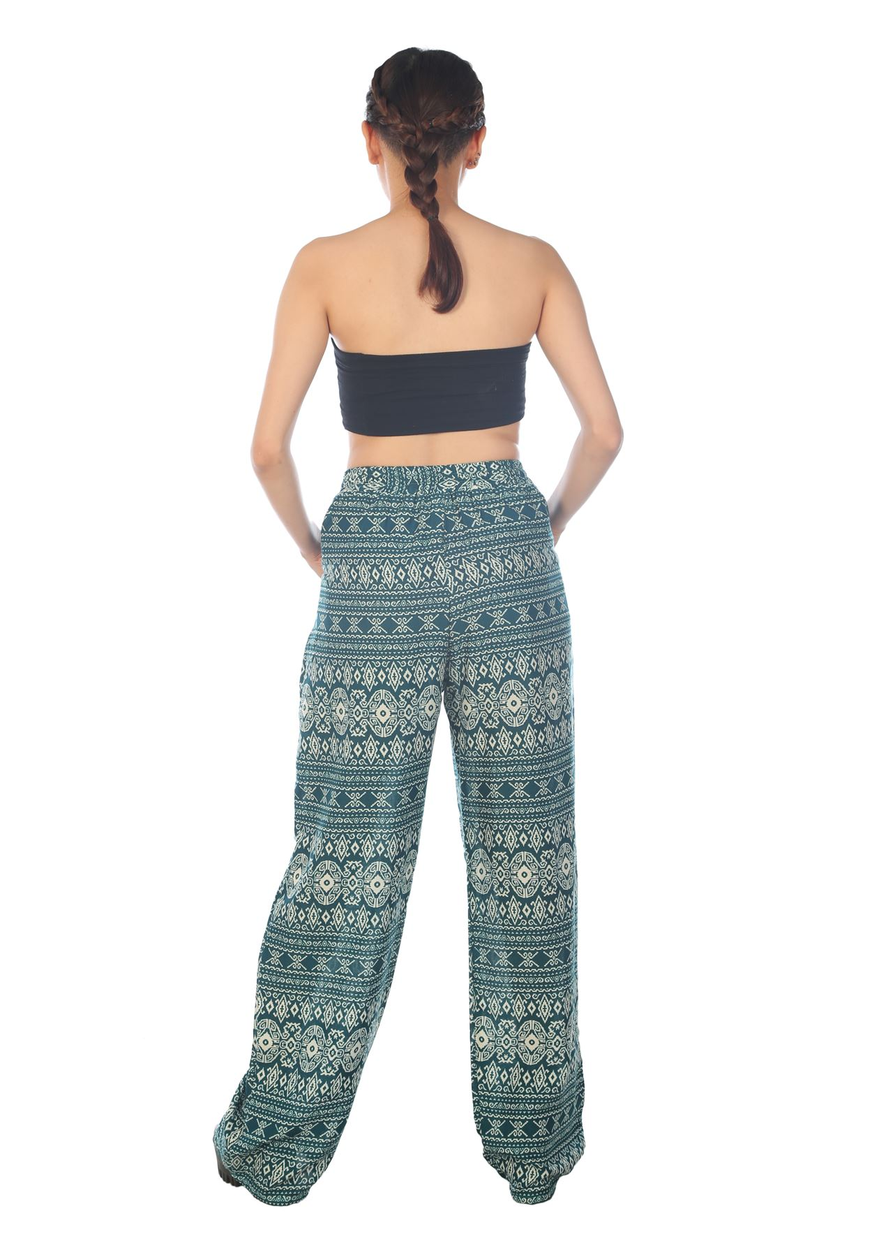 Princess Jasmine looking enticing and ethereal in a flowing harem pants - this is one of the most popular and enduring images of a harem pant -Today's fashion conscious girls also crave this pants for its cool casual and attractive looks.