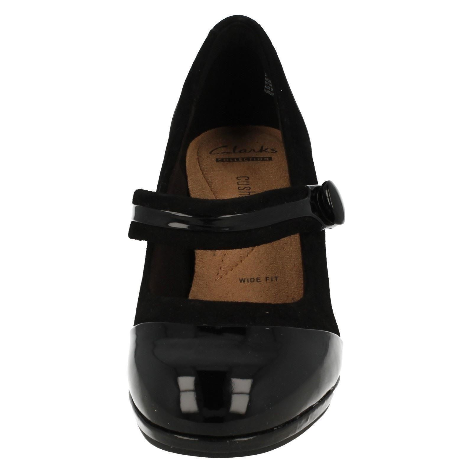 clarks leather patent leather shoes
