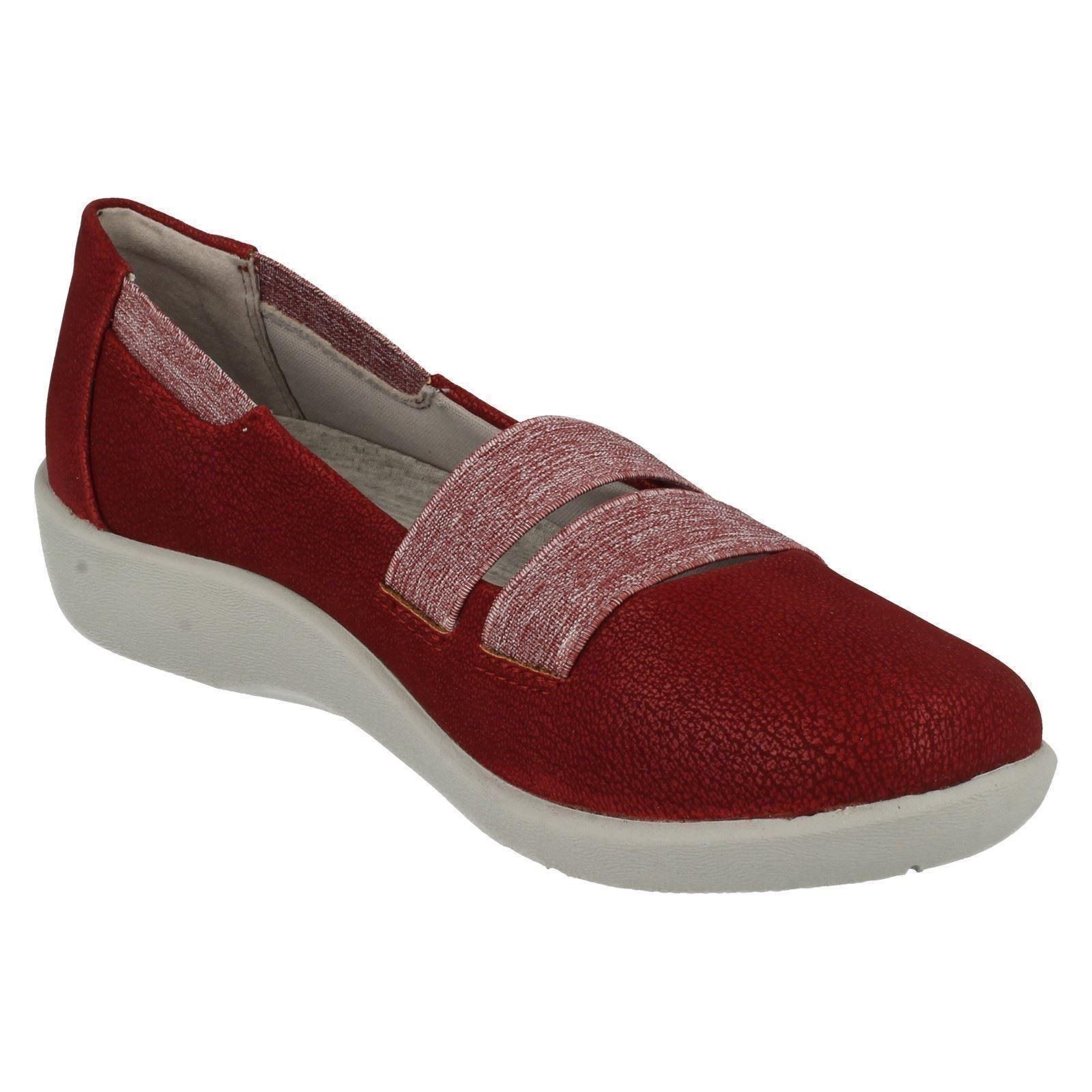 Sillian Rest Cherry Shoes Clarks