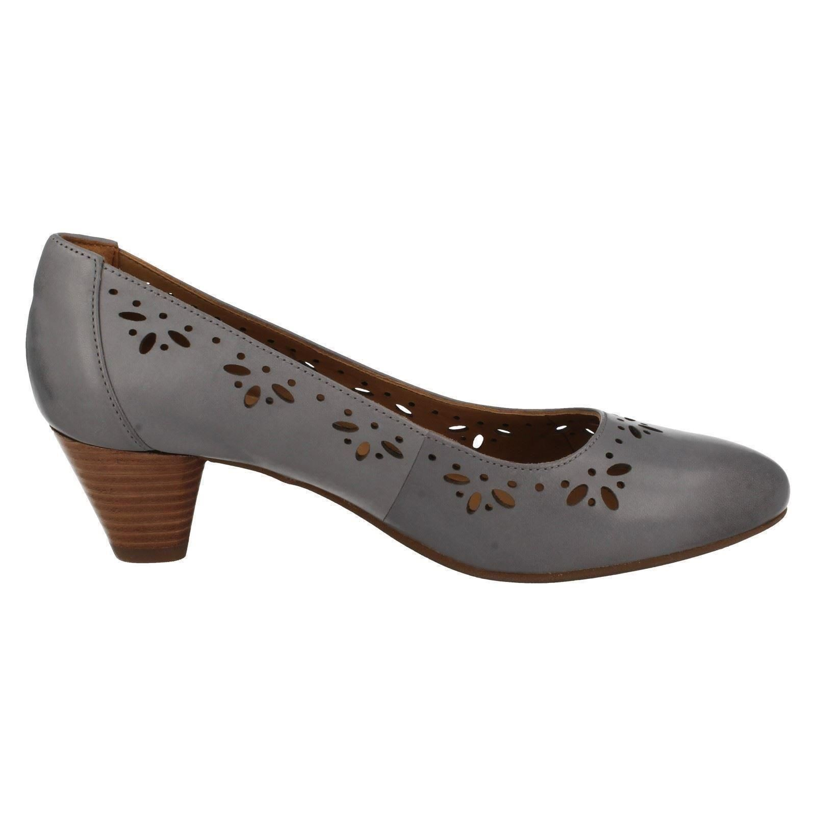 Ladies Clarks Chorus Shoes Size  Extra Wide