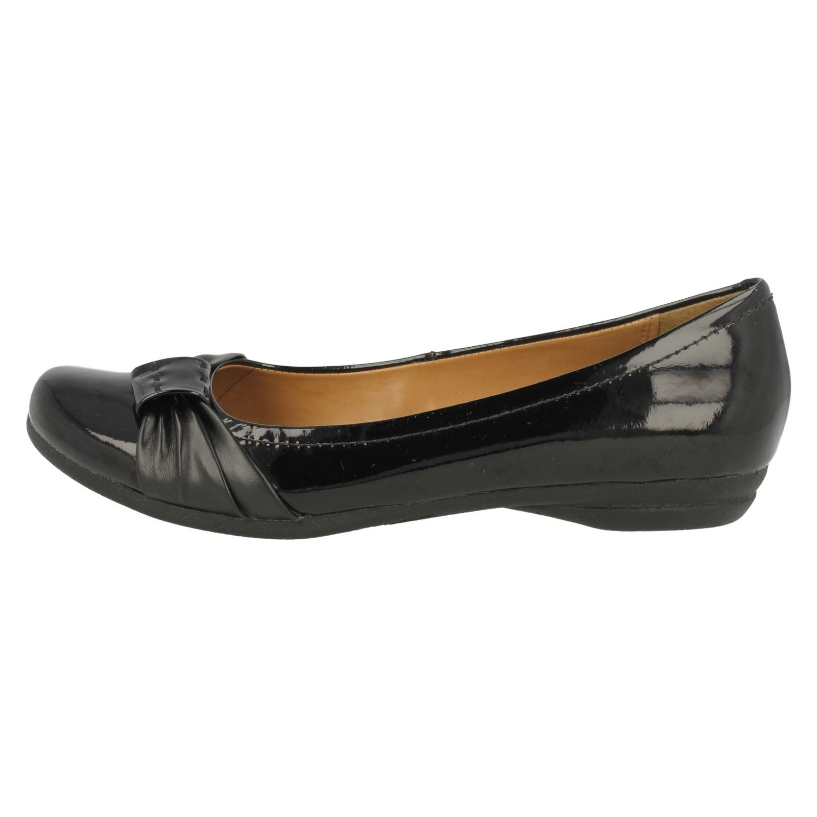 Ladies Clarks Flat Shoes Discovery Bay | EBay